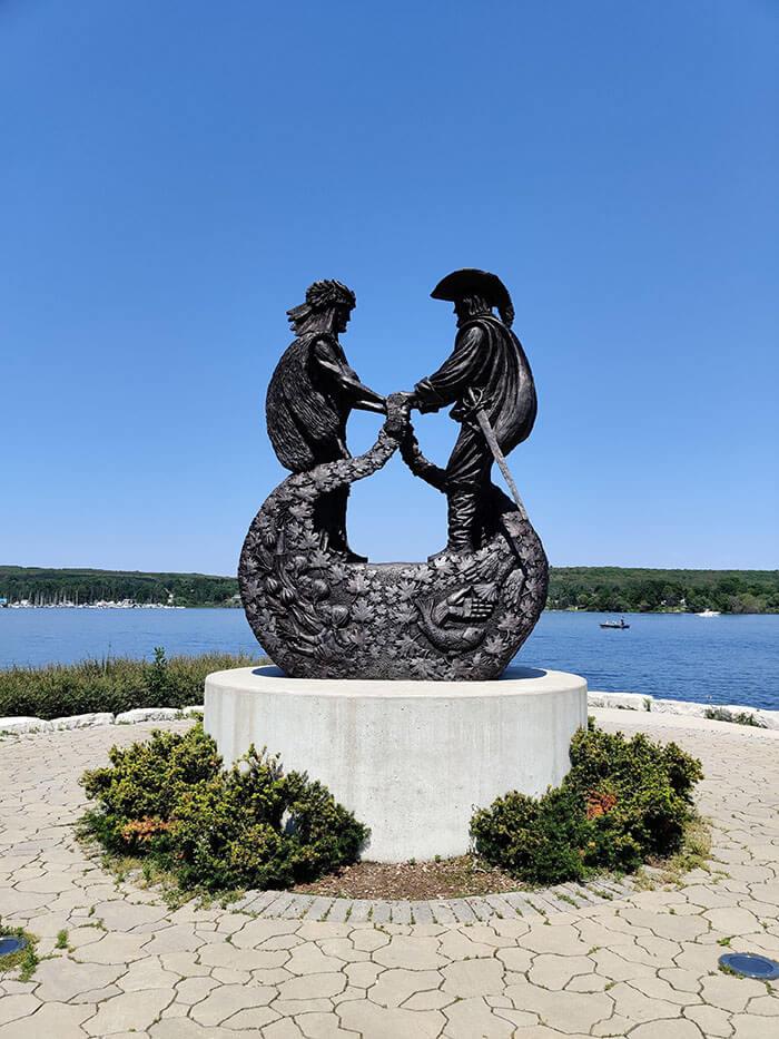 Statue de Samuel de Champlain à Penetang - Marinoushka