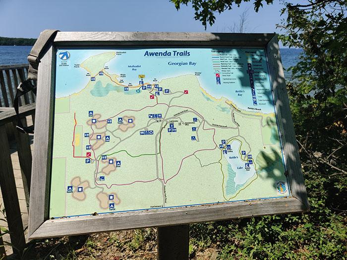 Plan des sentiers du Parc Awenda